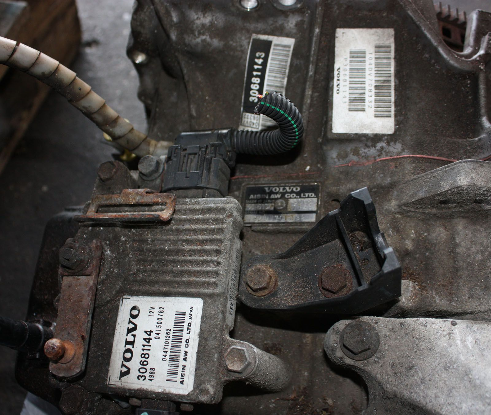 Volvo C S V C Petrol T Automatic Speed Gearbox P on Volvo S40 Throttle Body